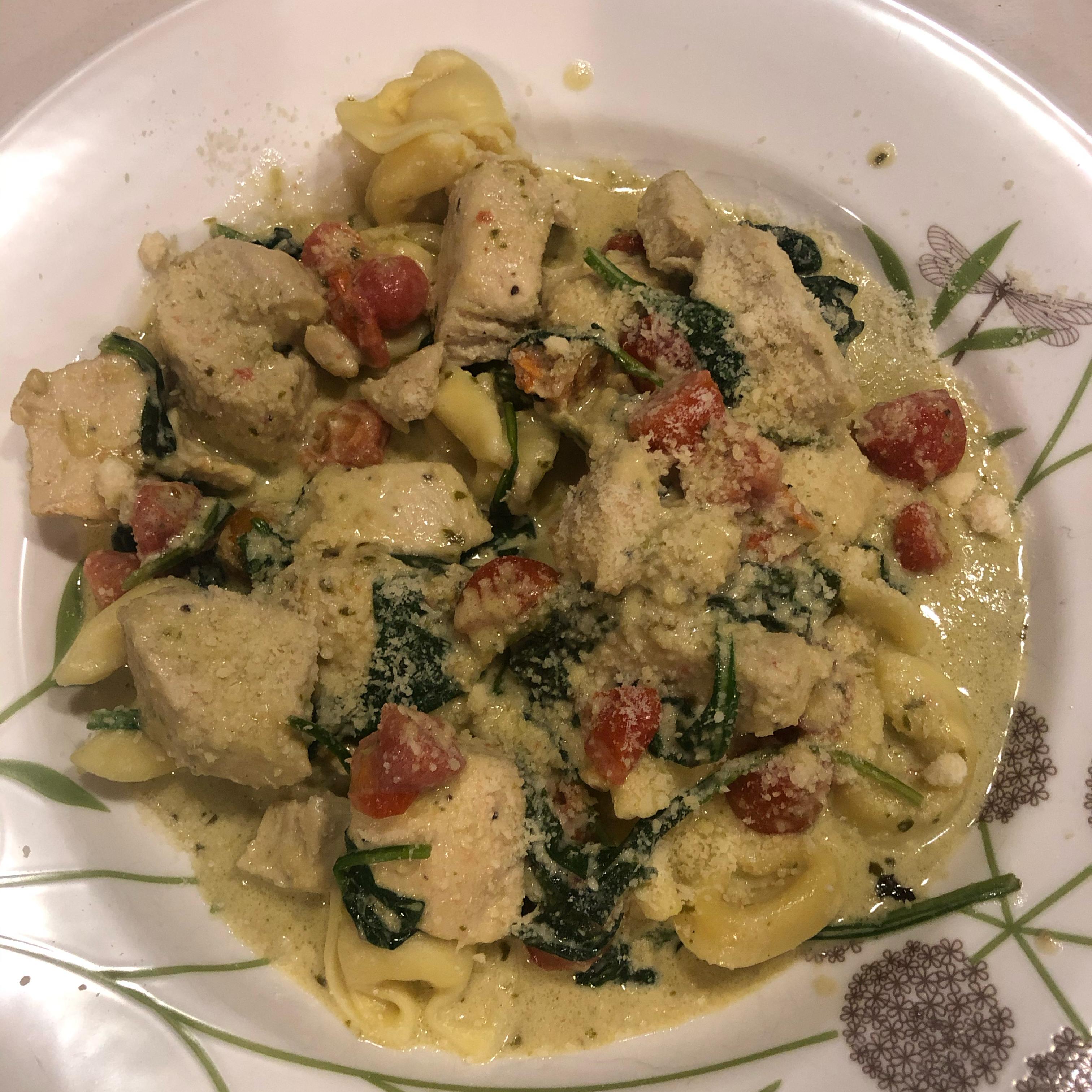 Chicken and Tortellini Pesto Skillet Tricia814