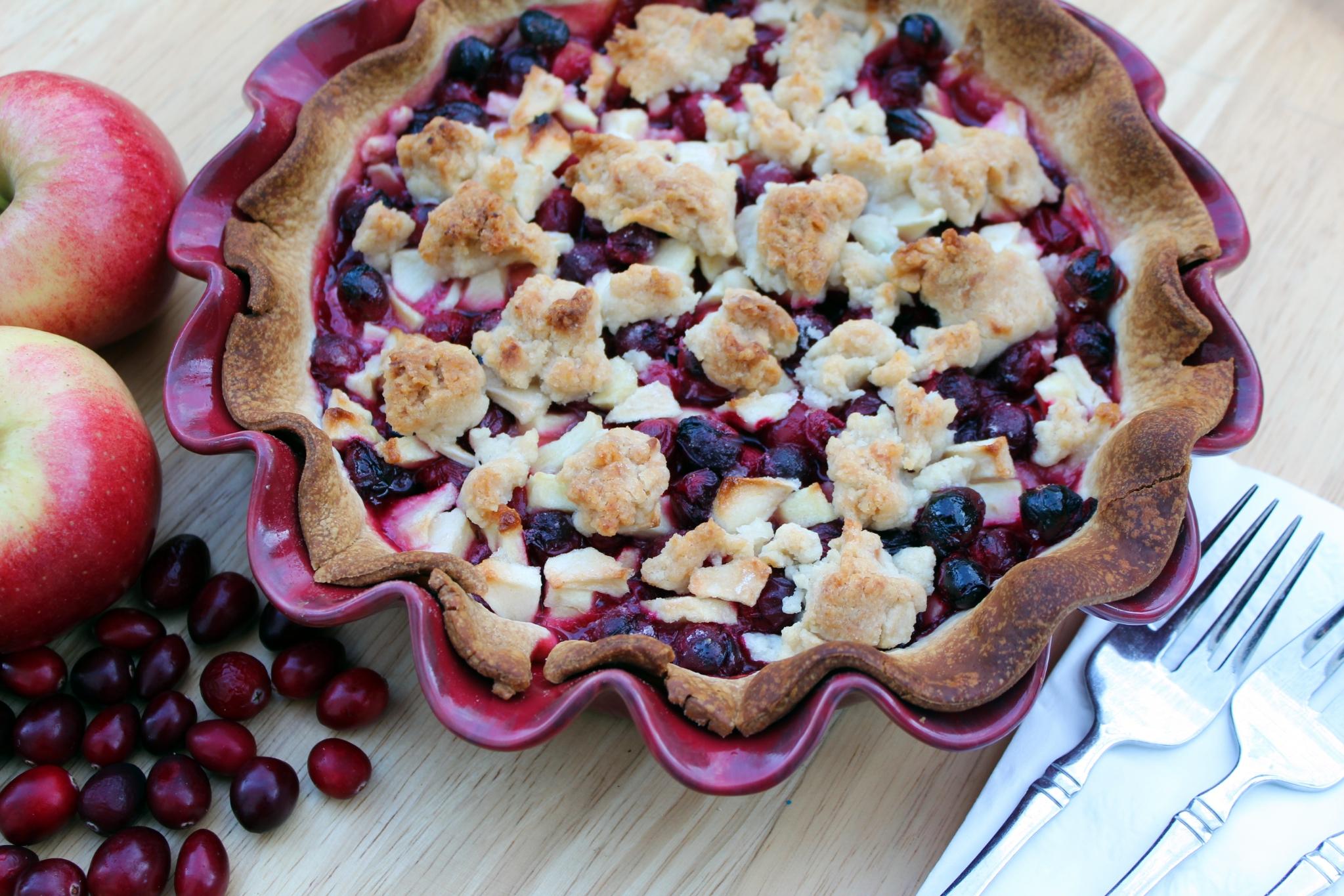 Amish Cran-Apple Pie