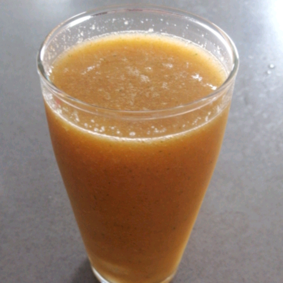 Carrot, Apple, Cucumber, OJ, and Turmeric Smoothie James Nel