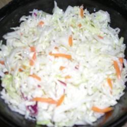 Restaurant-Style Coleslaw I Suemck