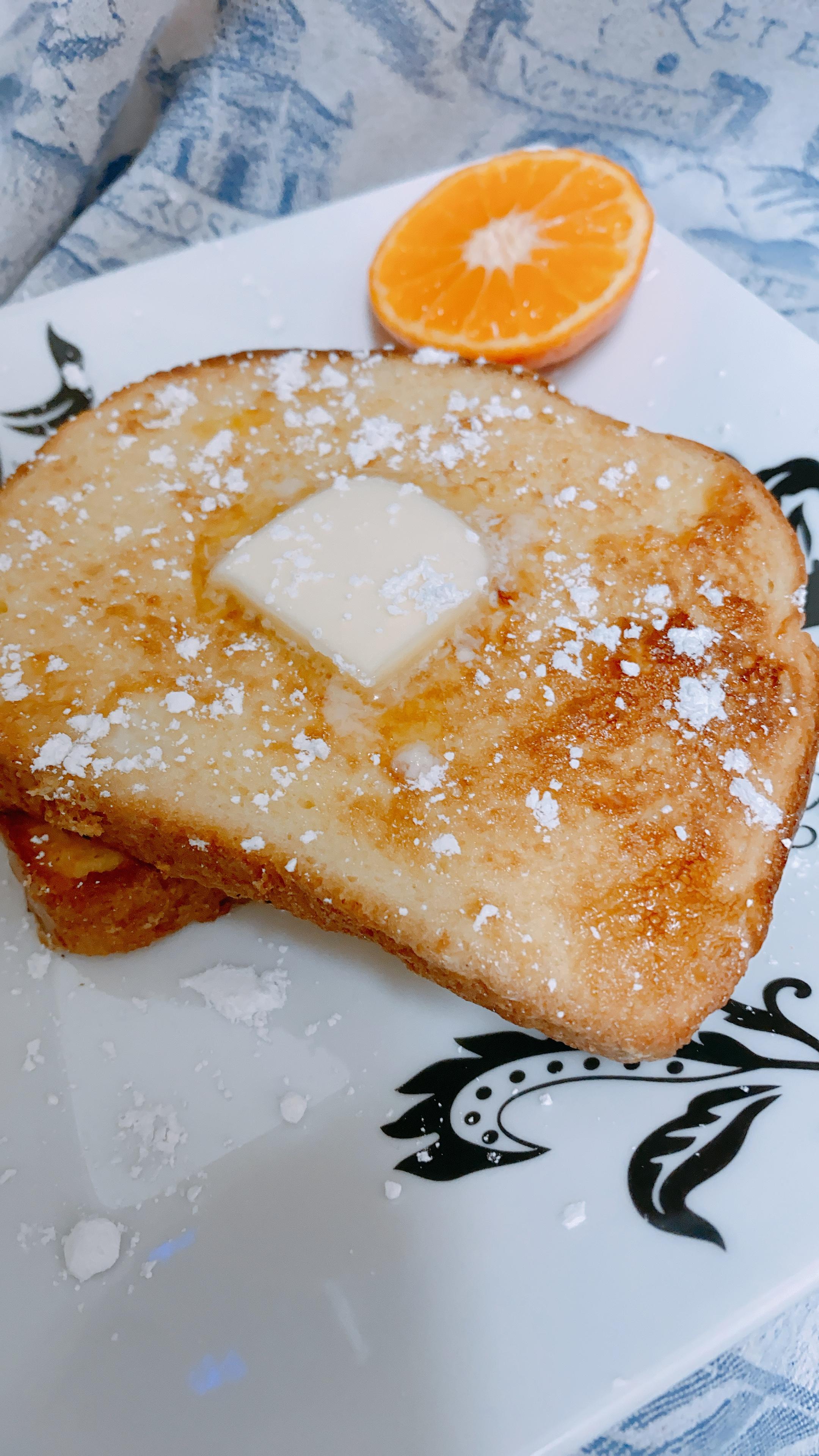 Brunch-Worthy Air Fryer French Toast