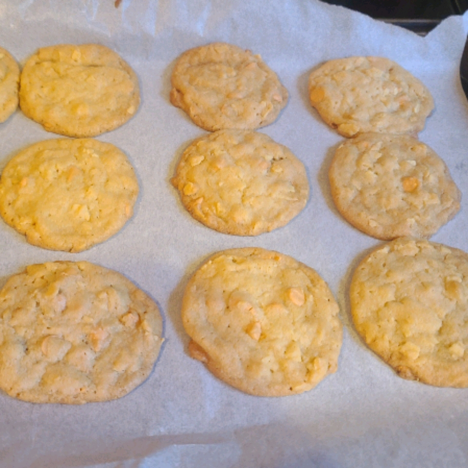 Butterscotch Potato Chip Cookies Lisa Patterson