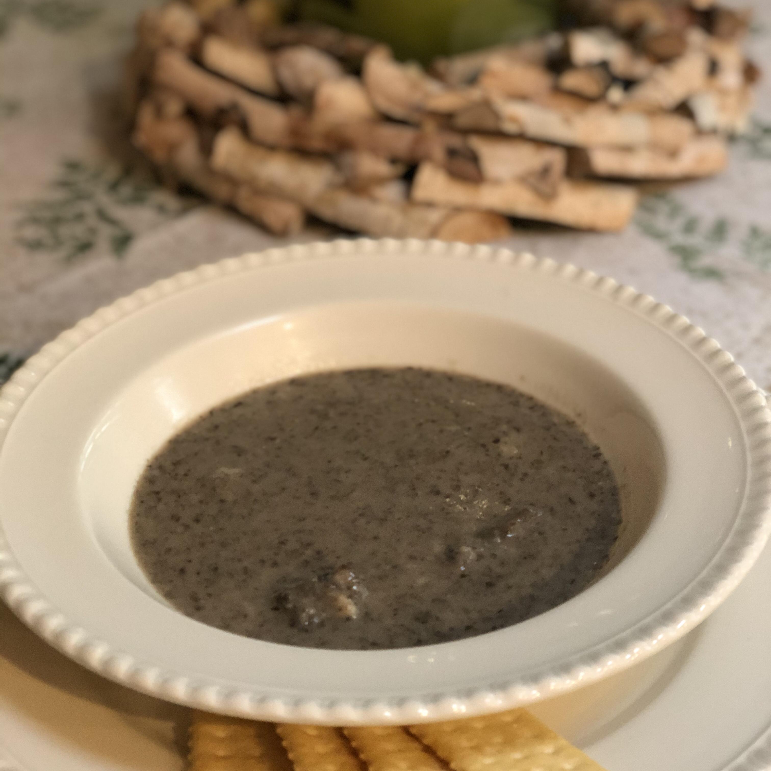 Cream of Mushroom Soup I debbieq