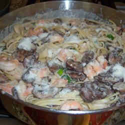Shrimp and Portobello Mushroom Fettuccine SSK