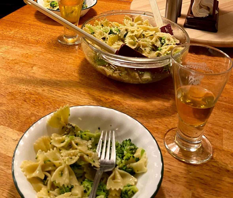 Bow Tie Pasta with Broccoli, Garlic, and Lemon