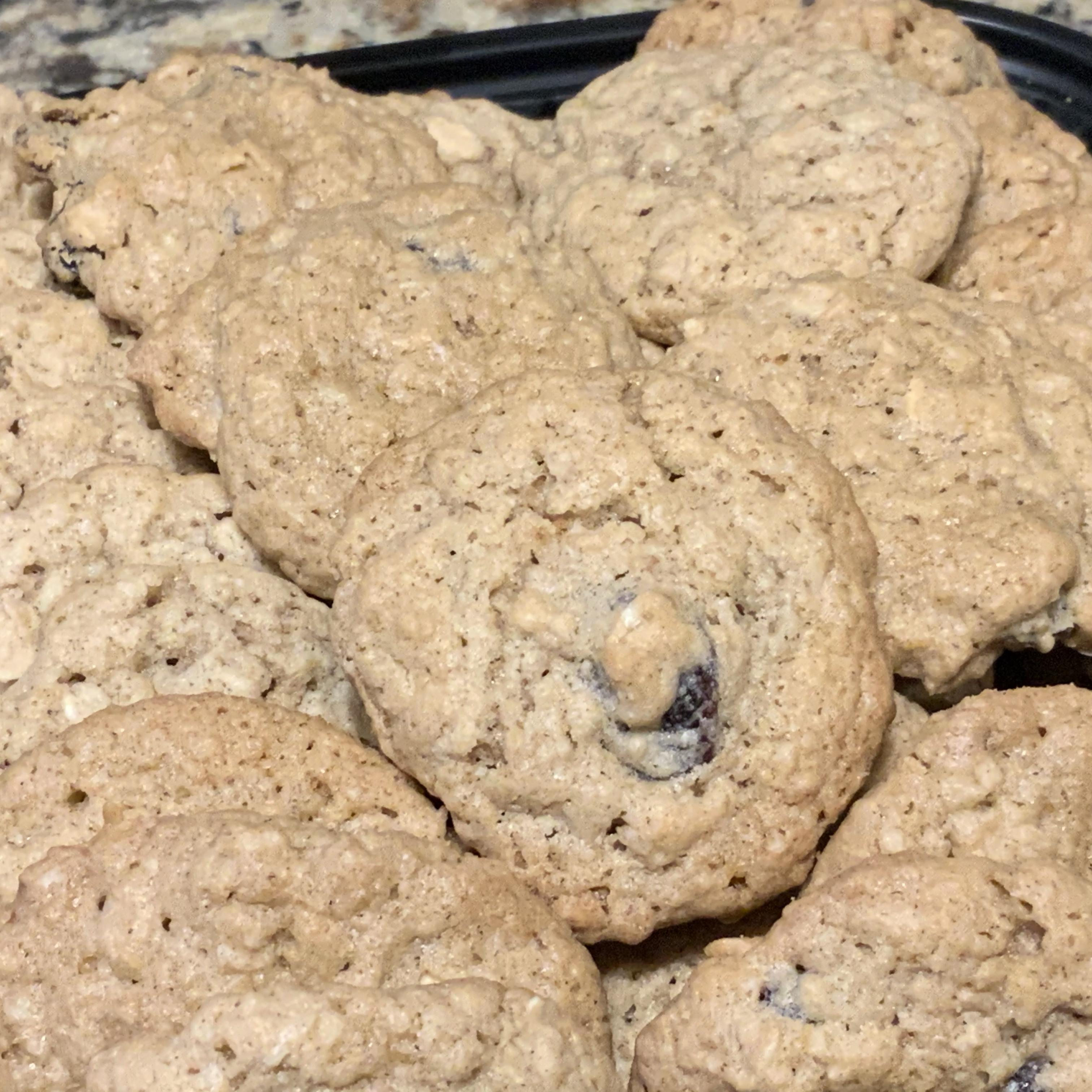 Oatmeal Raisin Cookies I Aunt B