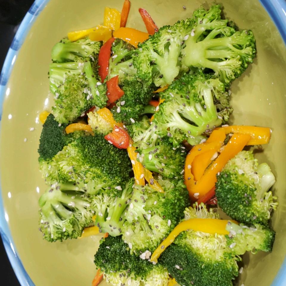 Sesame Broccoli Nelly