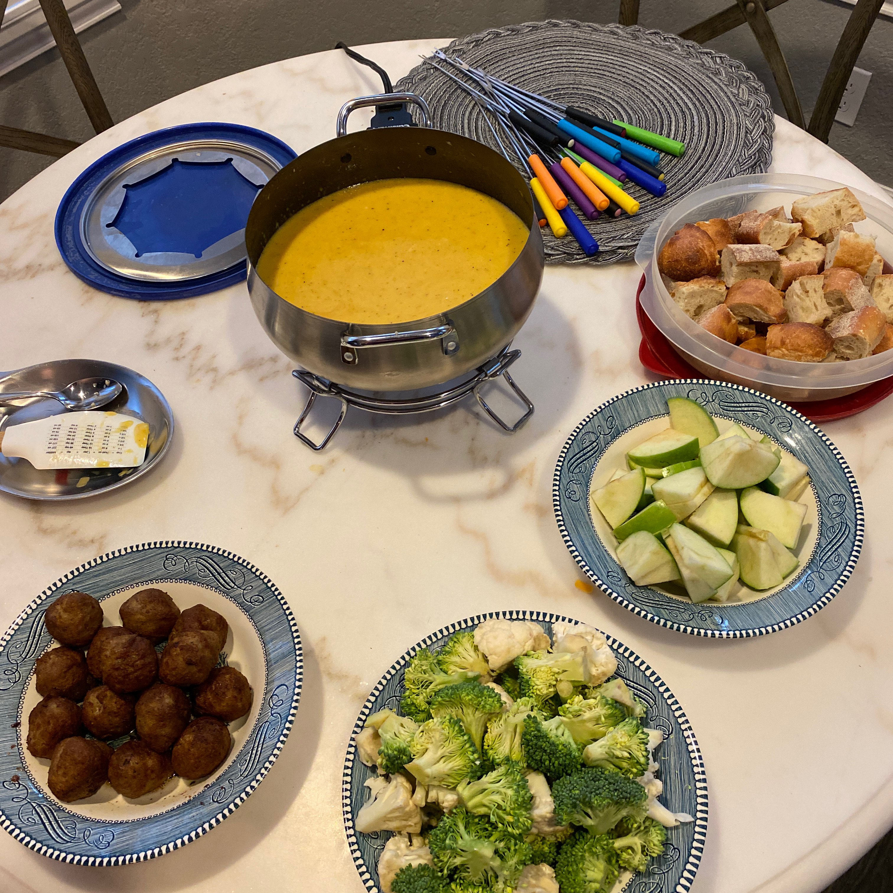 Beer Cheese Fondue aaron_gump
