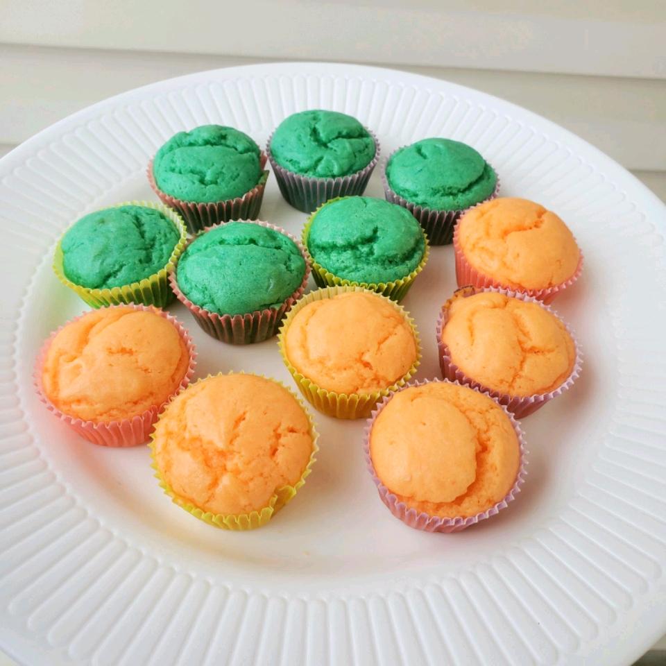 Fruity Mini Cupcakes