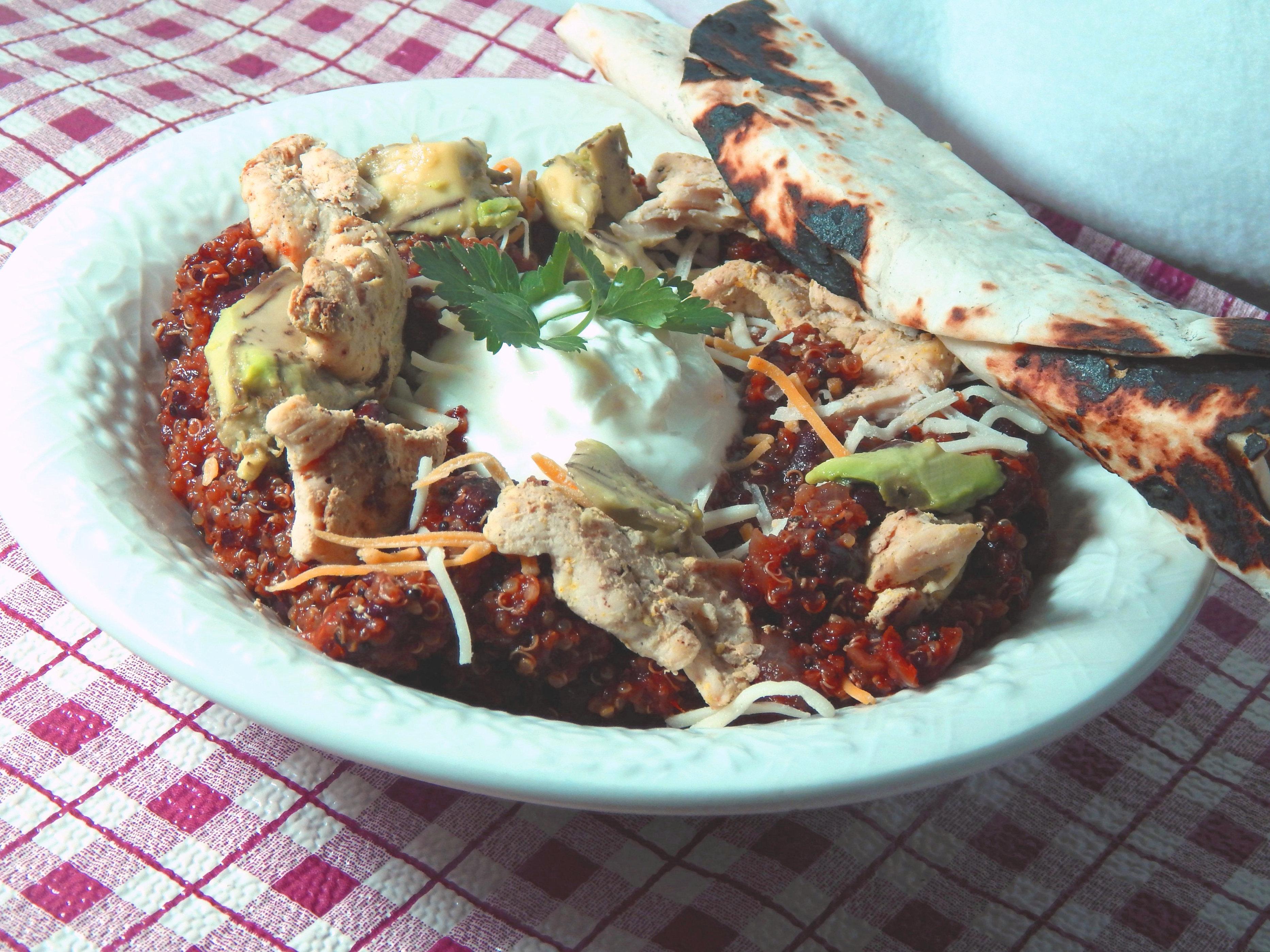 Mexican Taco Quinoa Bowl with Chicken