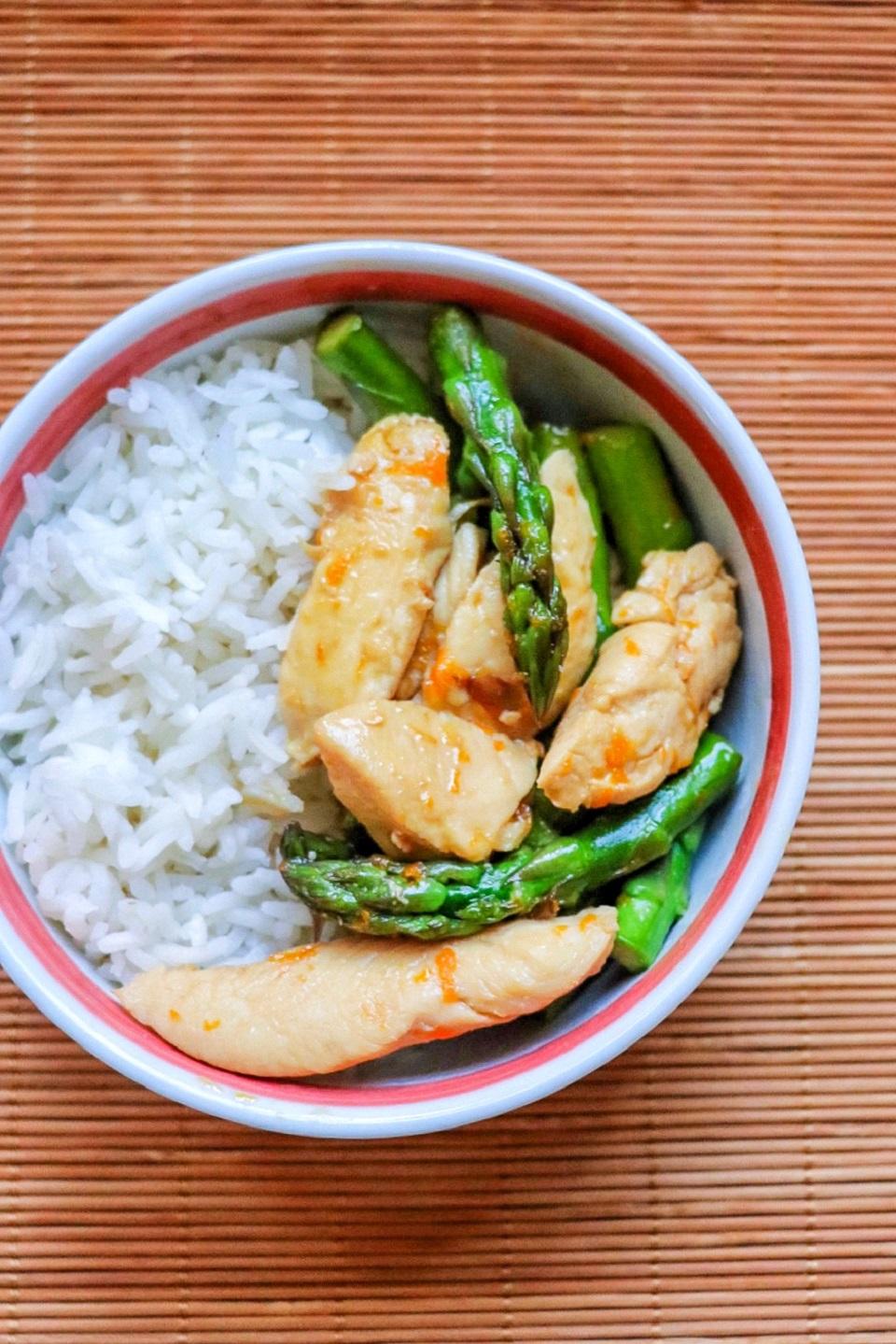 Orange Chicken with Asparagus image