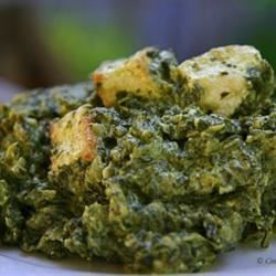 Authentic Saag Paneer pforan