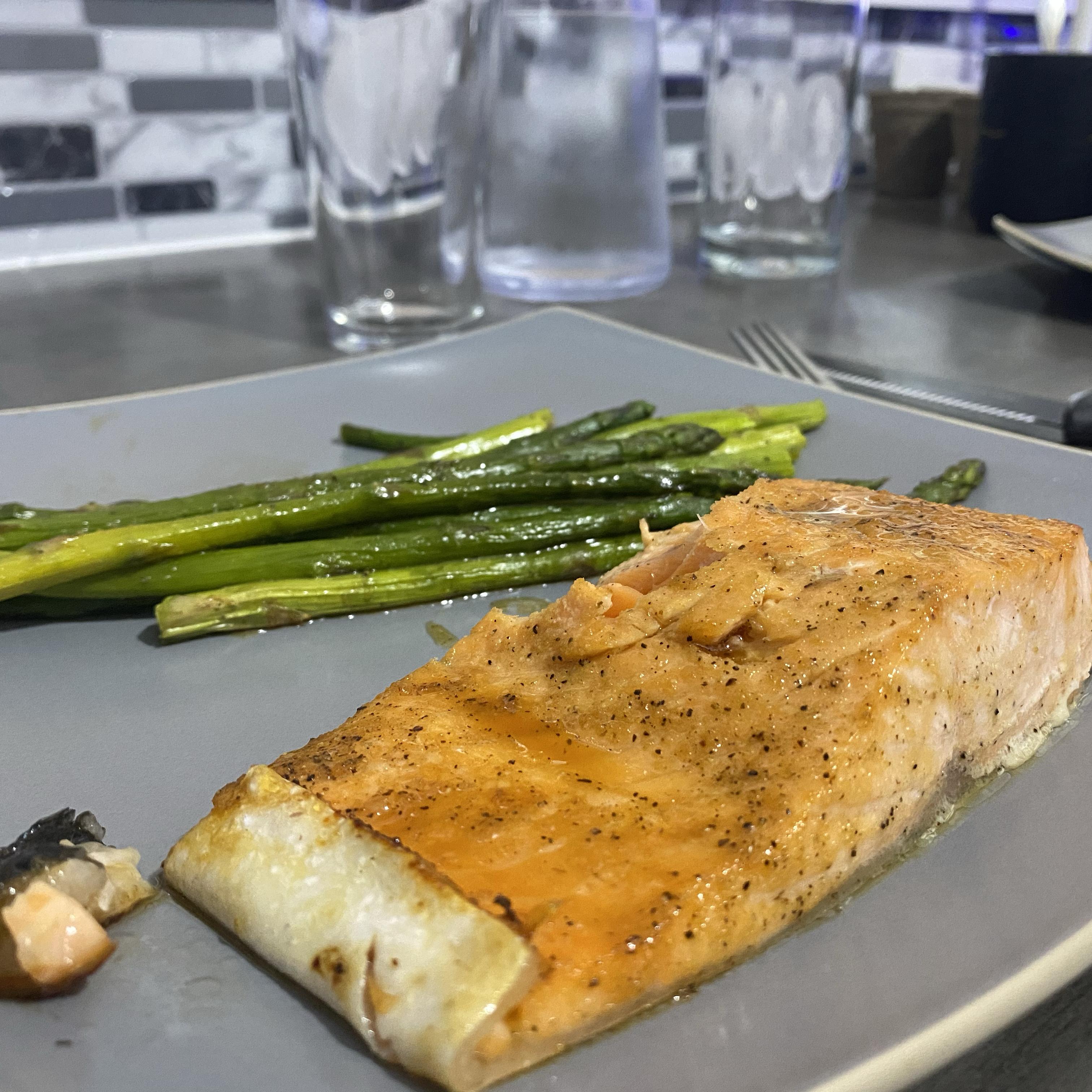 Soy-Honey Glazed Salmon with Asparagus asdfgh
