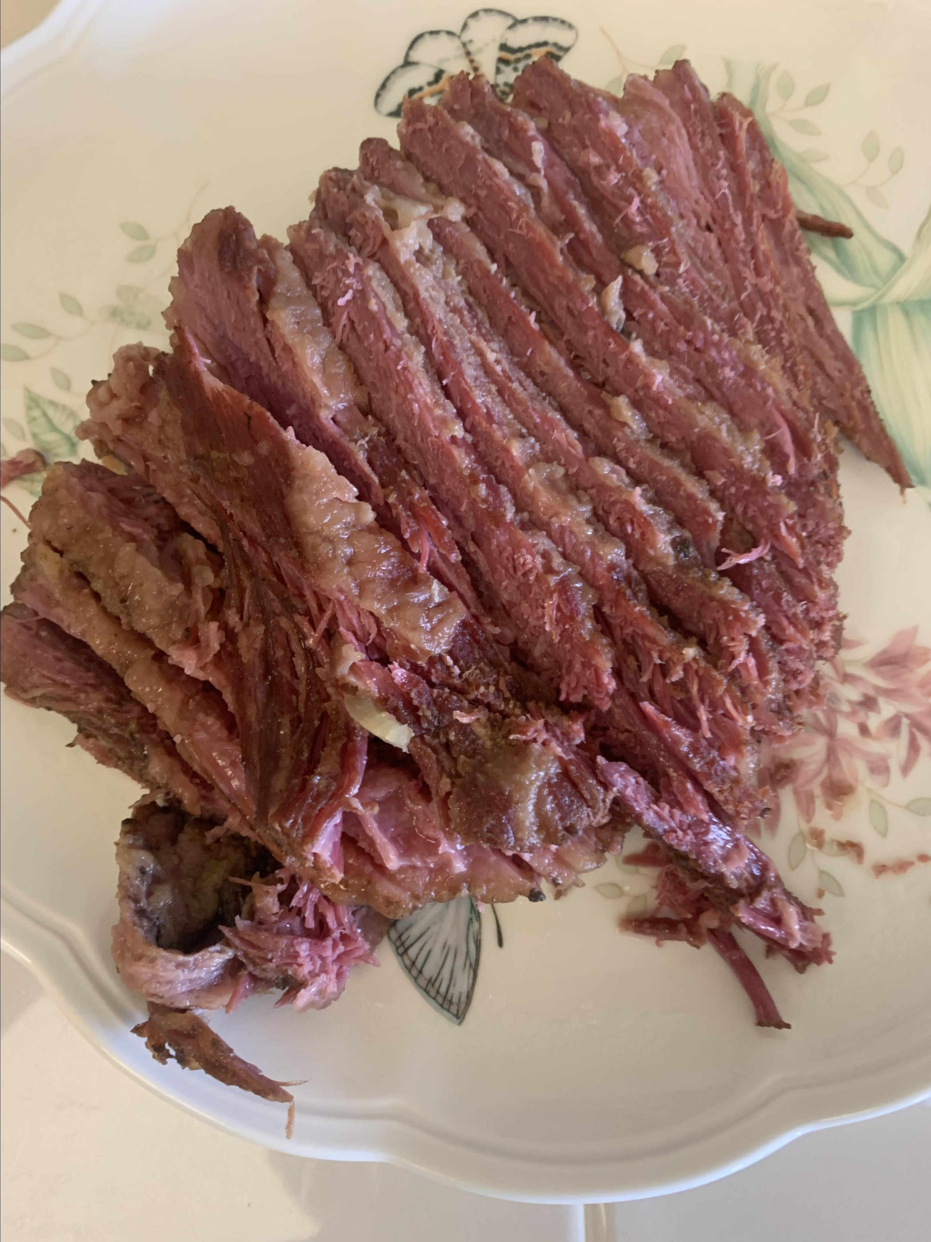 Stout Slow Cooker Corned Beef and Veggies pargolf