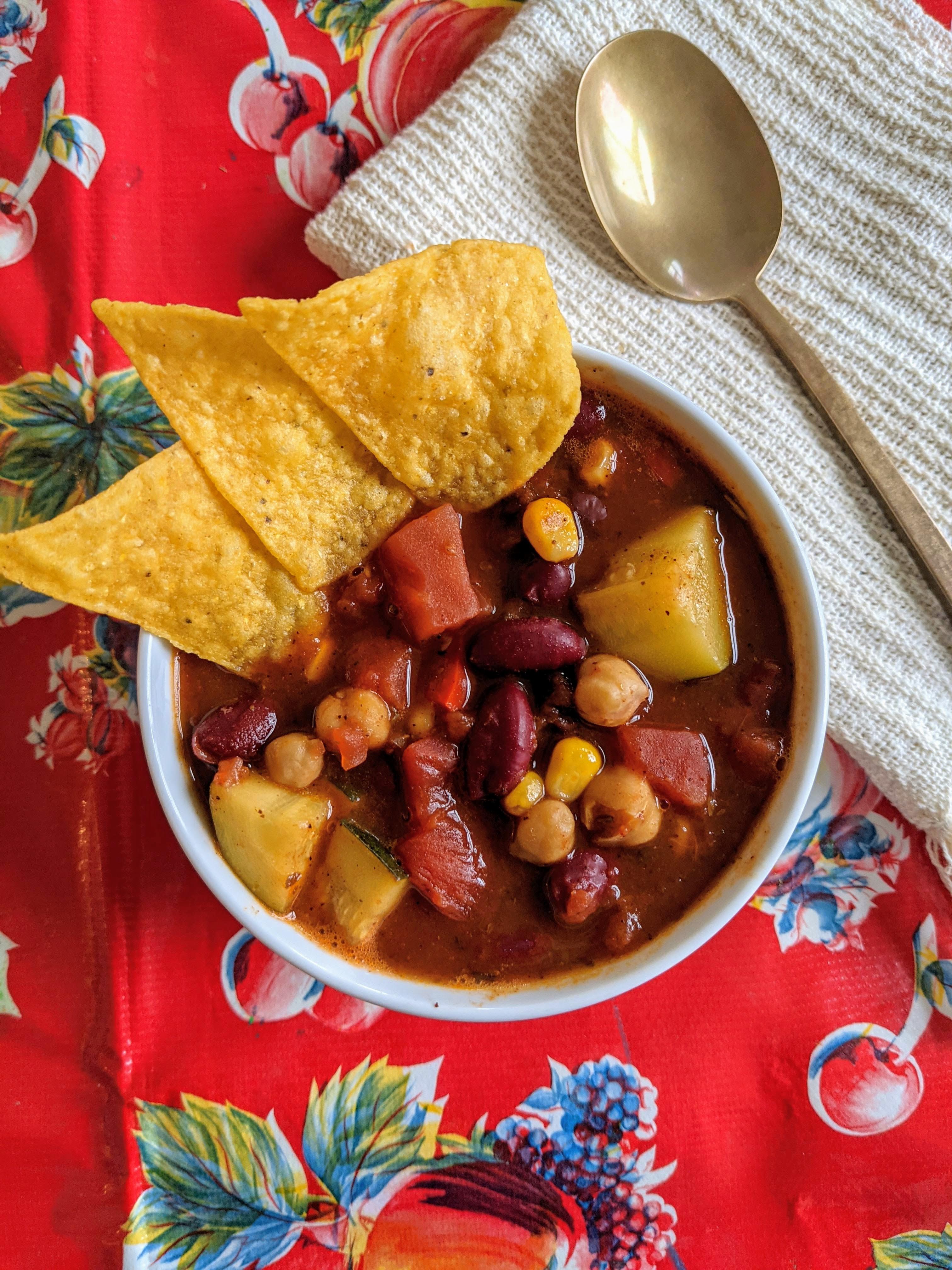 Homemade Slow Cooker Vegan Chili