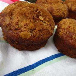 Moist Banana Streusel Muffins pomplemousse
