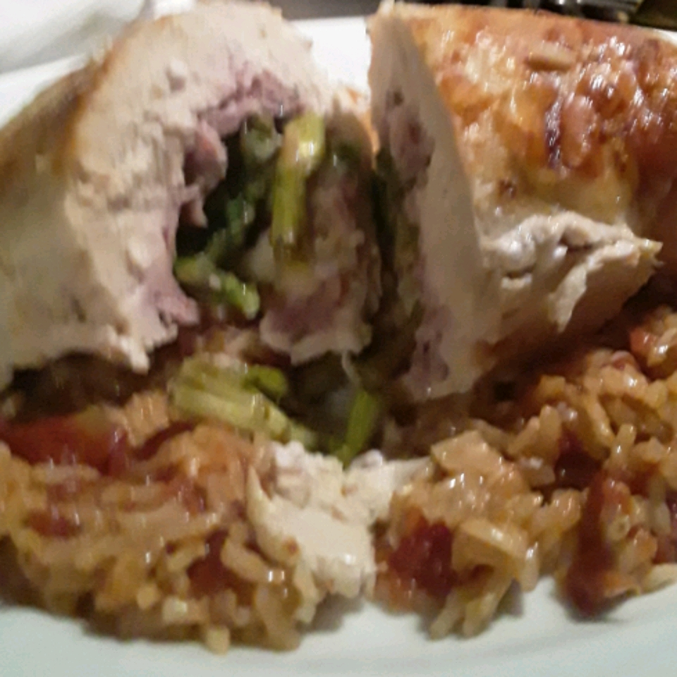 Stuffed Chicken Breasts with Asparagus and Parmesan Rice julietneko