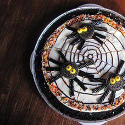 OREO Spider Web Cookie Pizza
