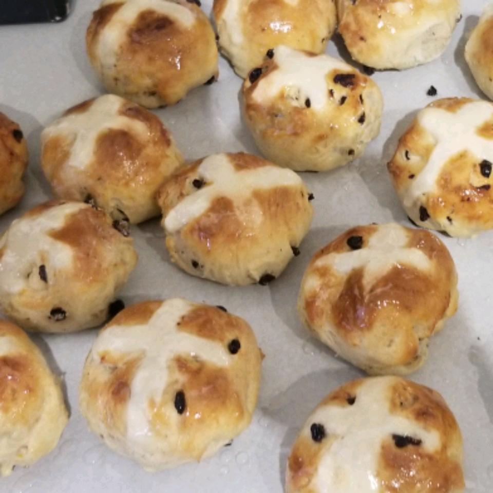 Chef John's Hot Cross Buns