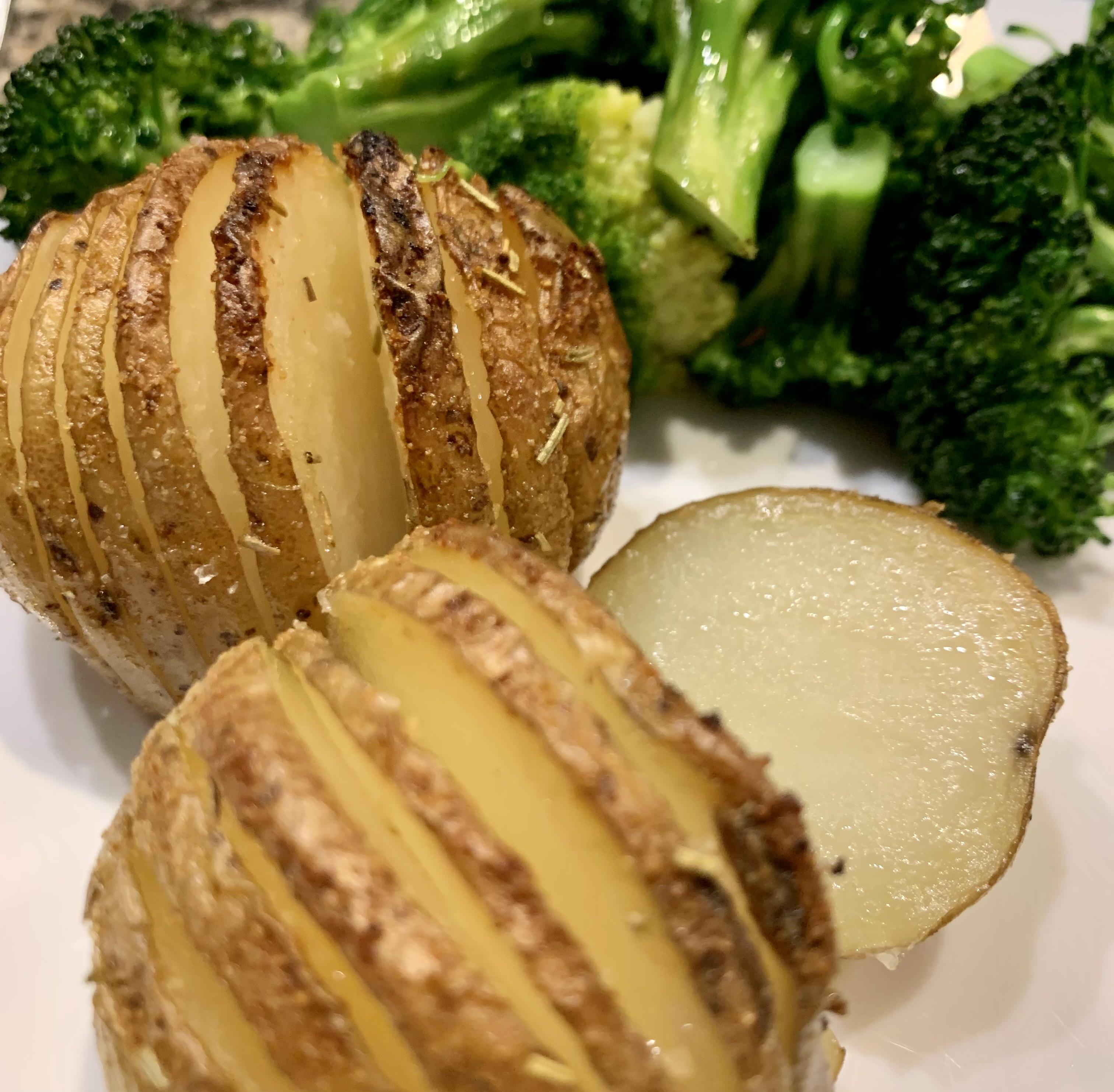 Basic Hasselback Idaho® Potatoes FrackFamily5 CA—>CT