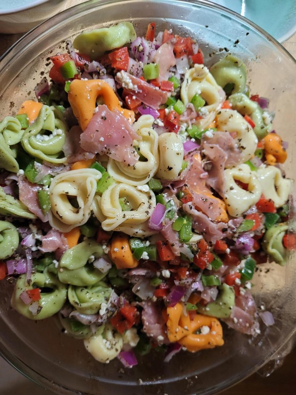 Gorgonzola and Prosciutto Tortellini Salad ErinColleen