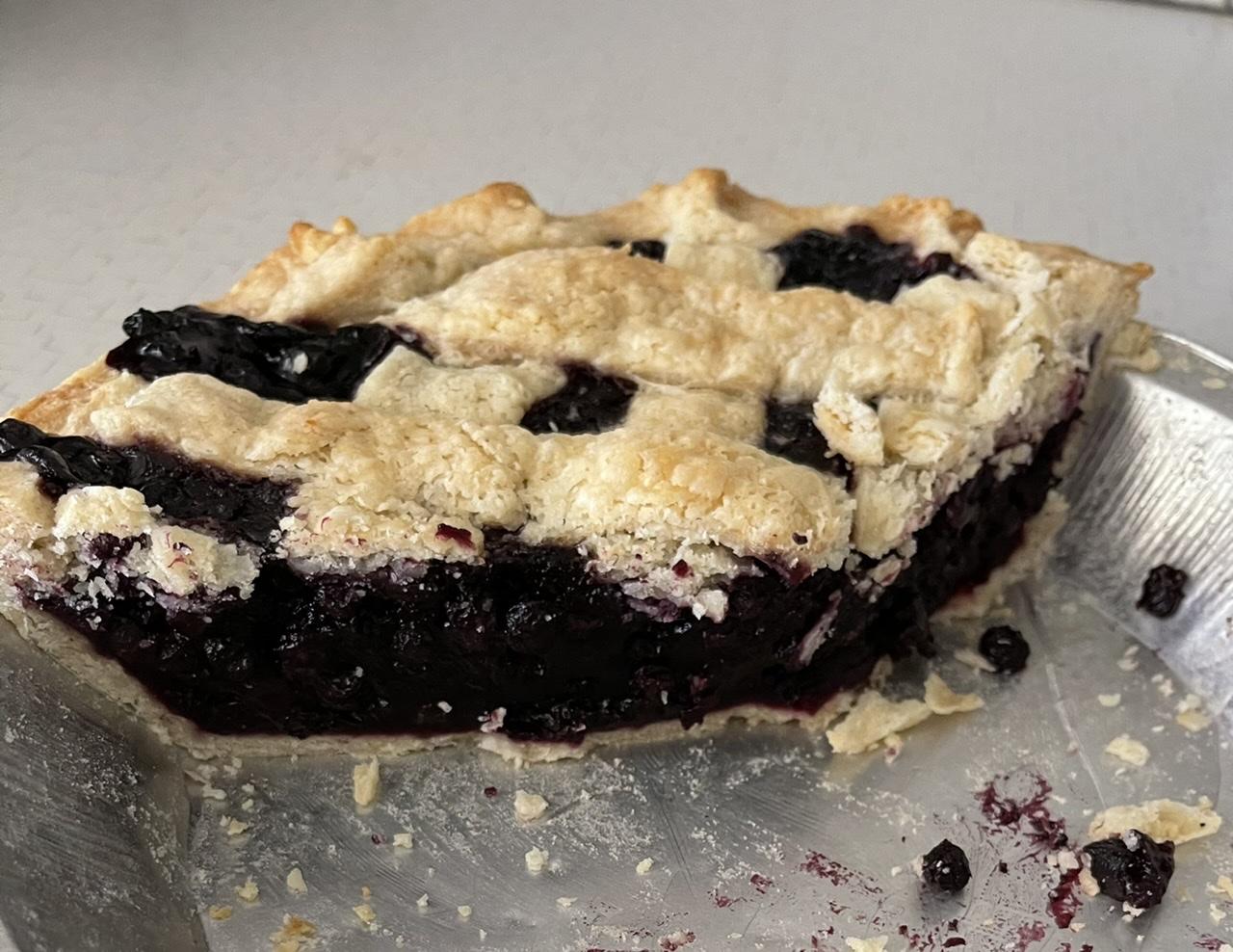 Blueberry Pie with Frozen Berries