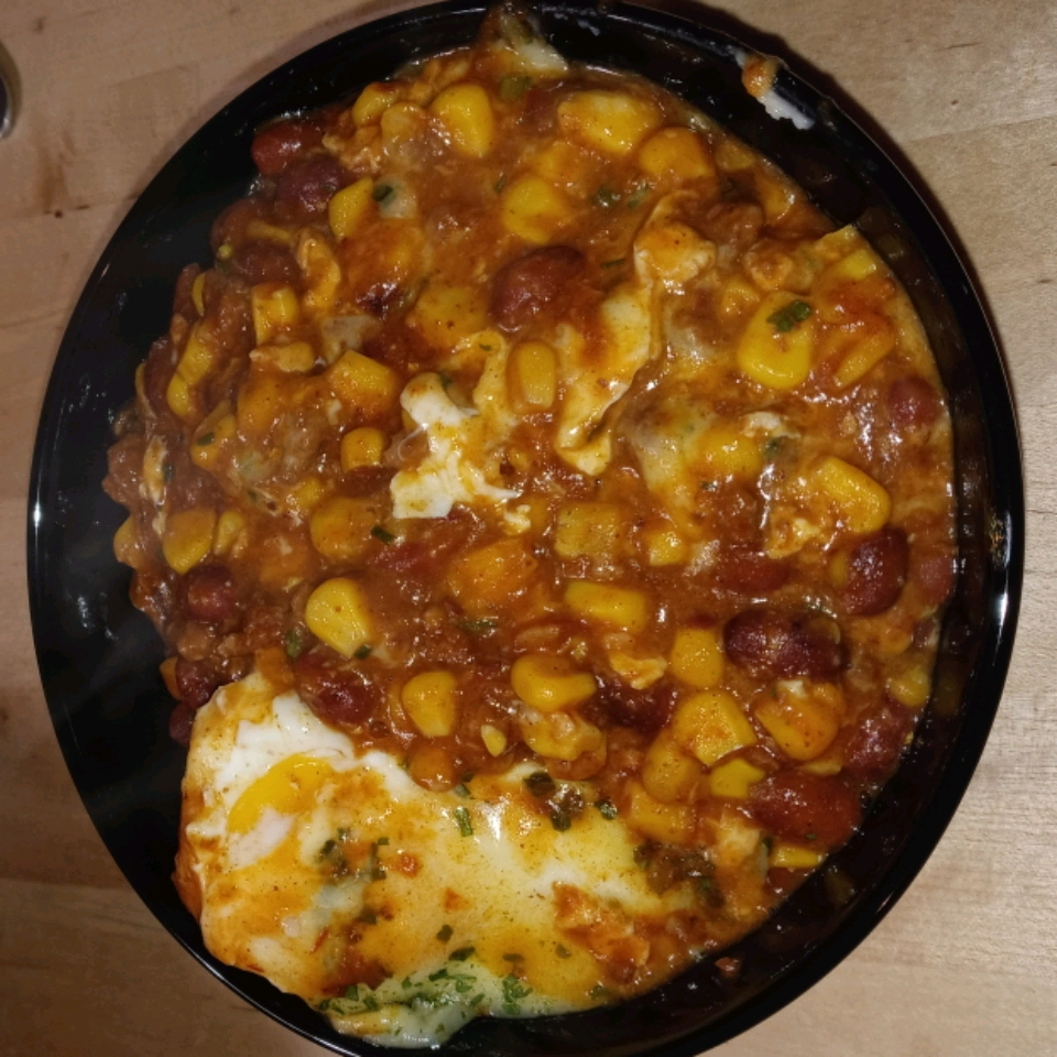 Skillet Chili 'N Eggs Jacquelyne Feile