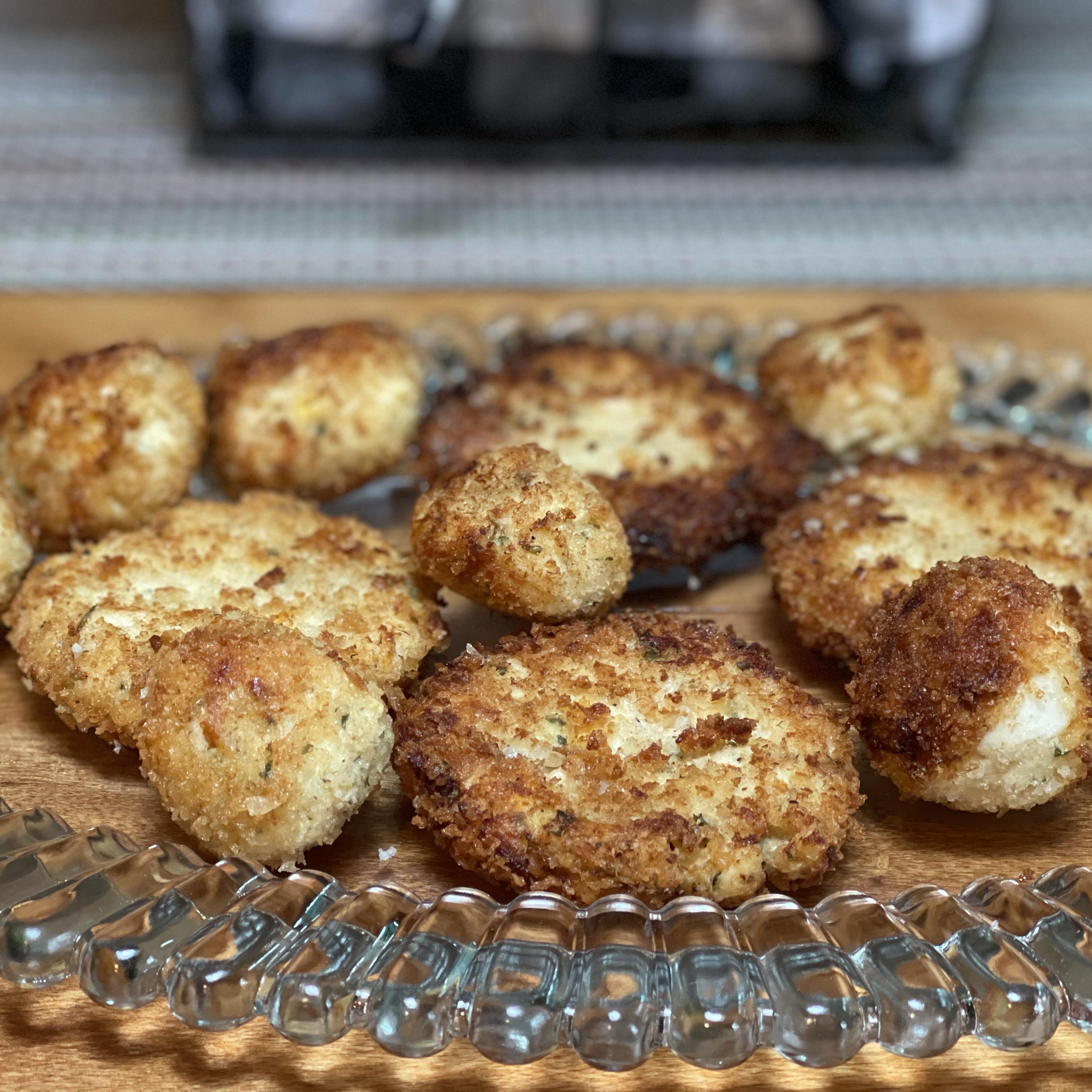 Halibut Cakes (Croquettes) debbieq