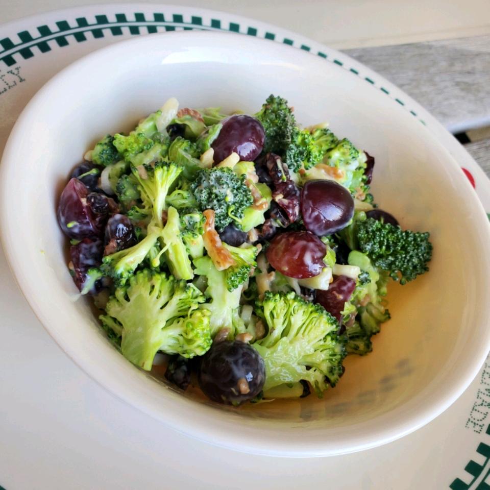 Broccoli Salad V