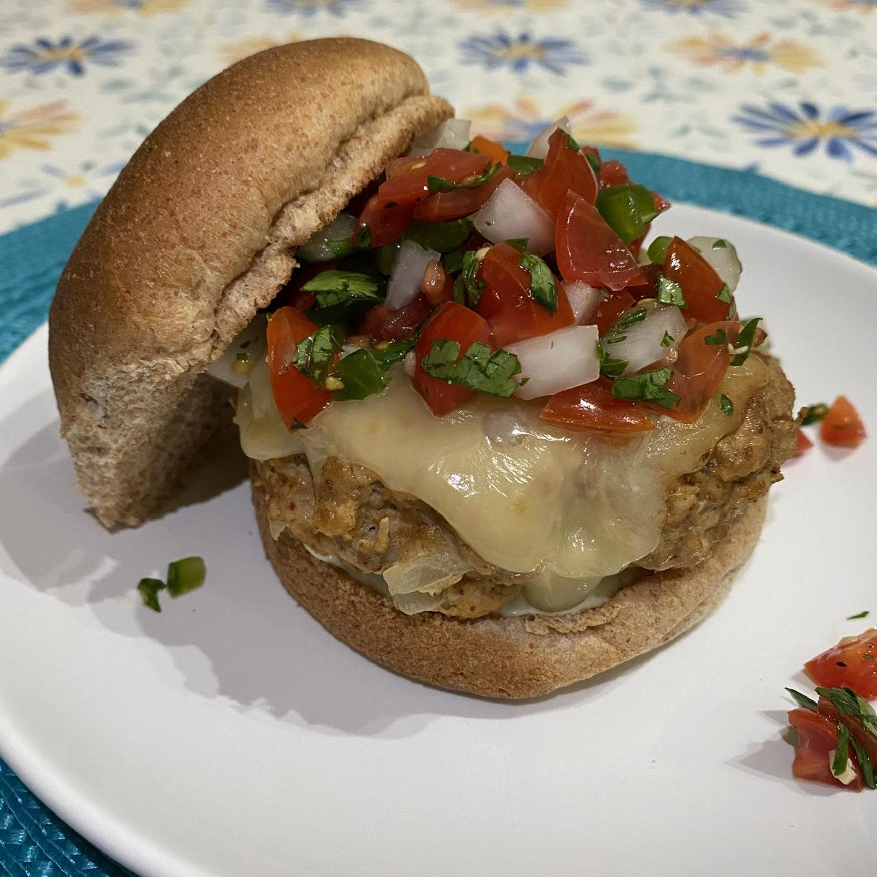 Mexican Turkey Burgers with Pico de Gallo Happyschmoopies