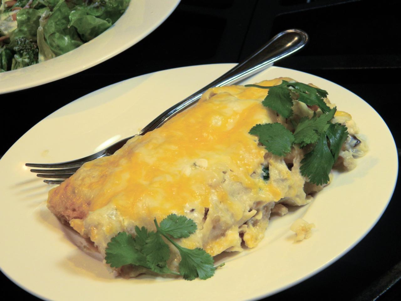 Chicken Enchiladas with Green Chile Sauce (Salsa Verde)