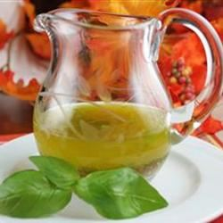 Basil Vinaigrette Dressing naples34102