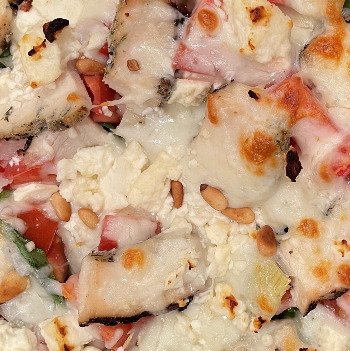 Fresh Pesto Pizza Tbult