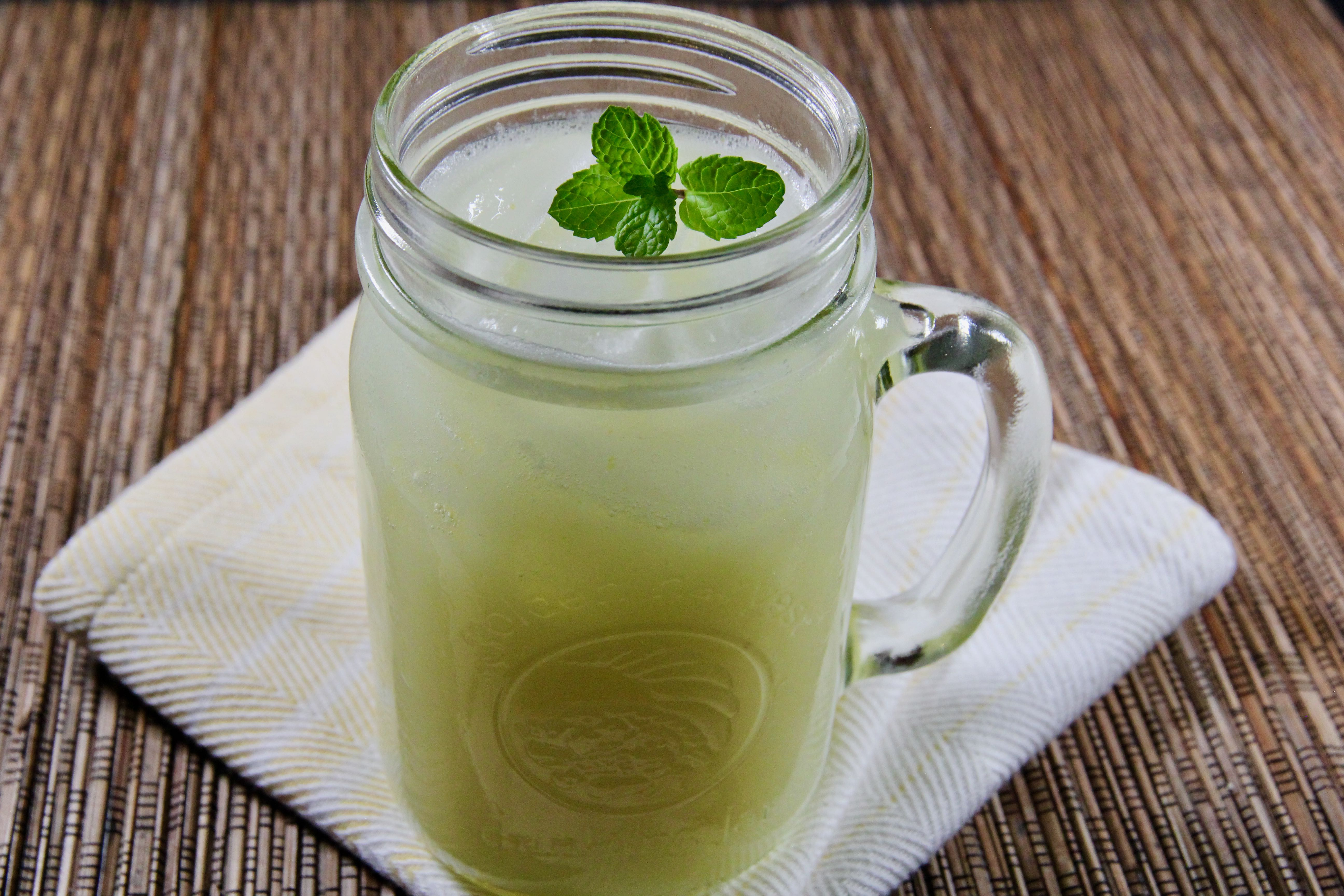 Southern-Style Vanilla Lemonade