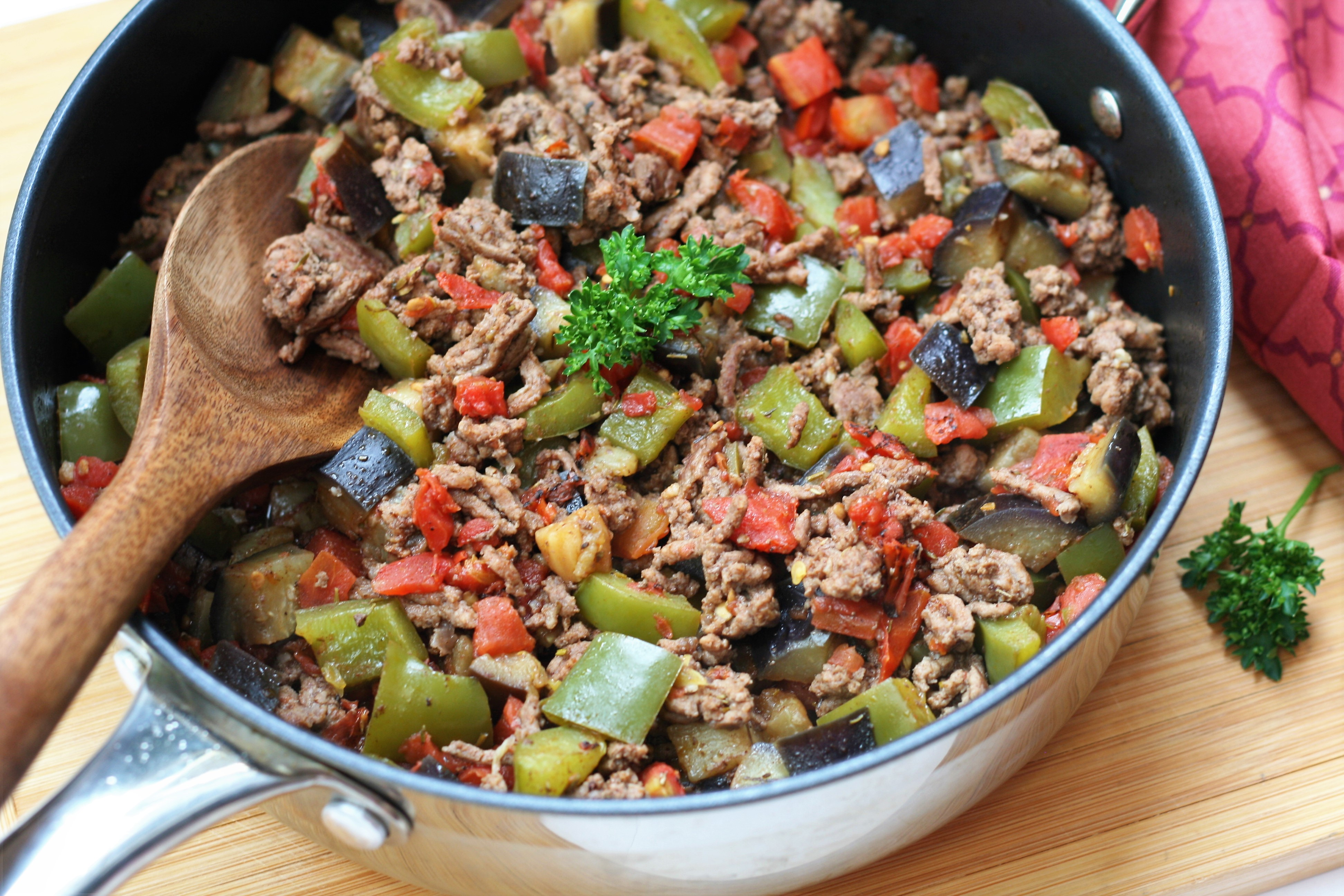 Spicy Low-Carb Eggplant with Beef and Tomatoes