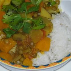 Pumpkin Curry with Lentils and Apples JMCCREAR