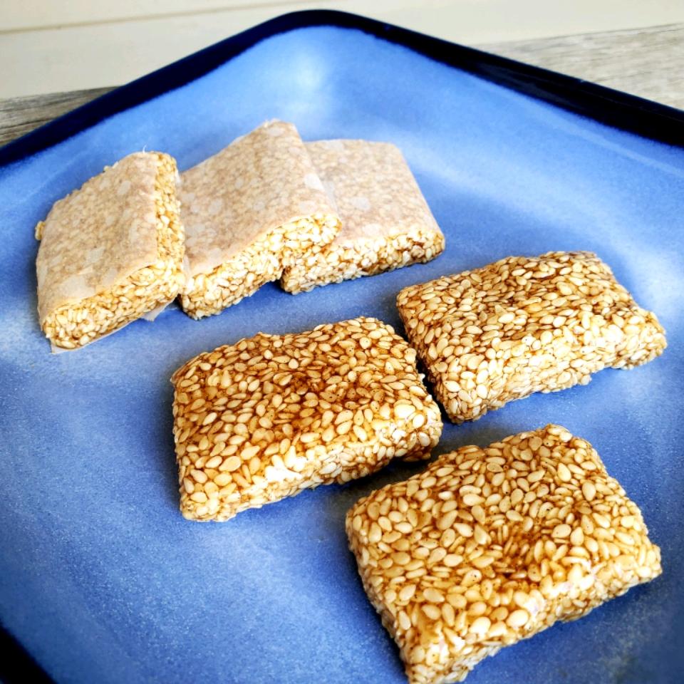 Pasteli (Greek Sesame Bars)