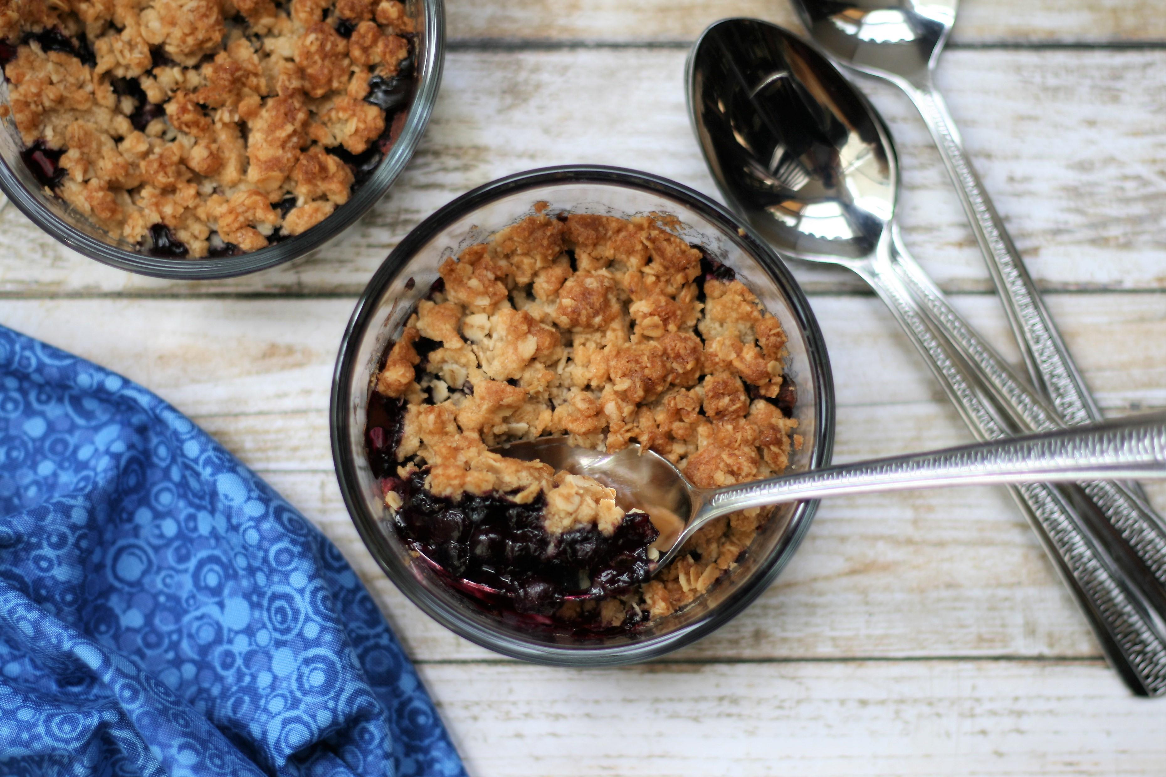 Air Fryer Blueberry Crisp