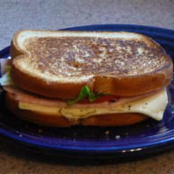 Easy Ham and Cheese Appetizer Sandwiches lovestohost