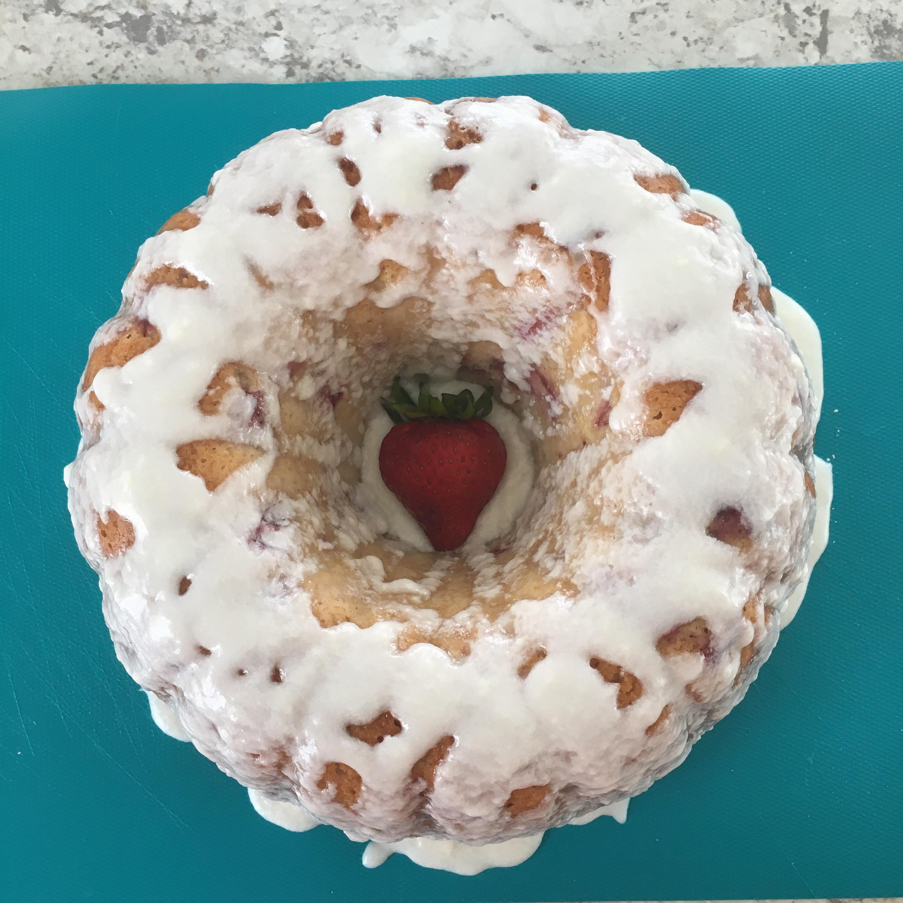 Berry Cornmeal Muffins tickylou