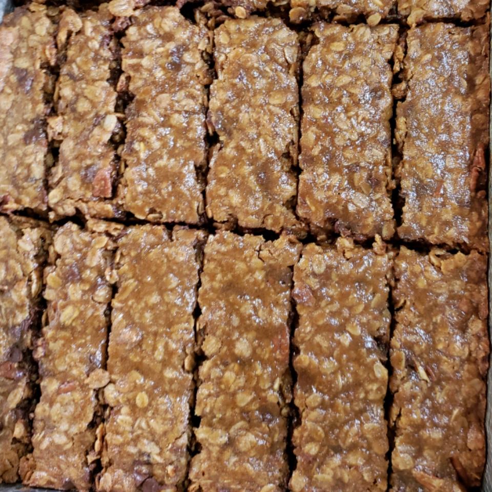 Gingerbread Granola Bars Theresa Nelson