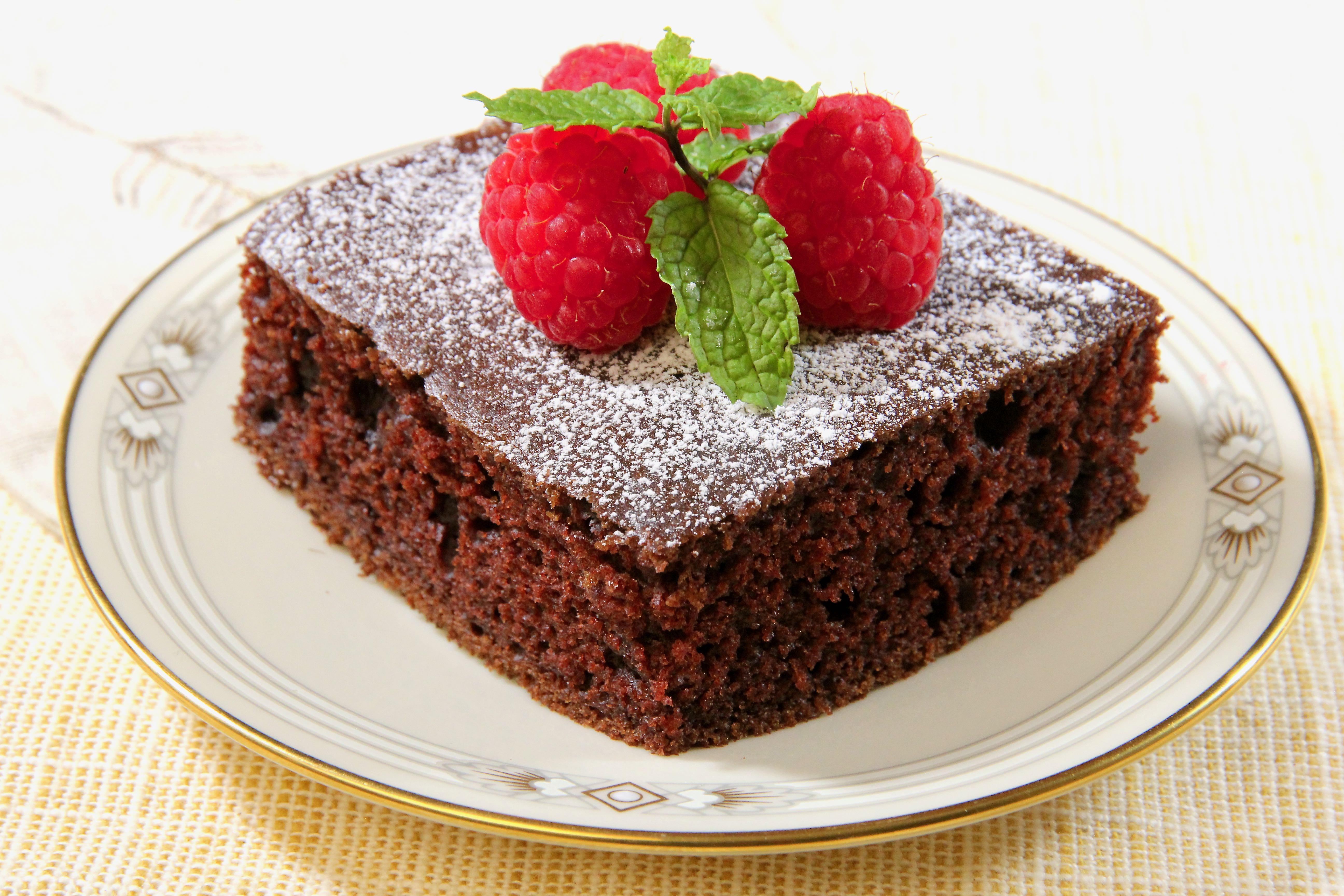 Amish Chocolate Cake