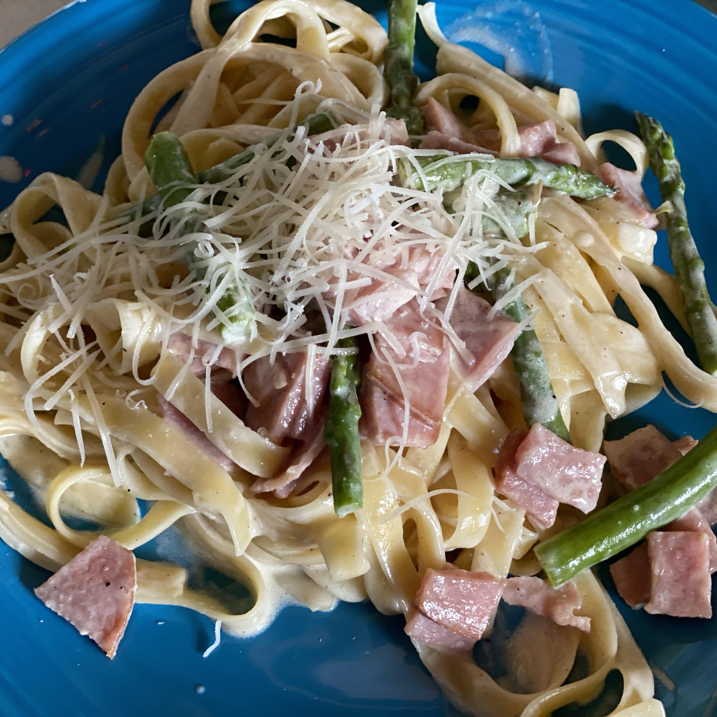 Ham and Asparagus Fettuccine