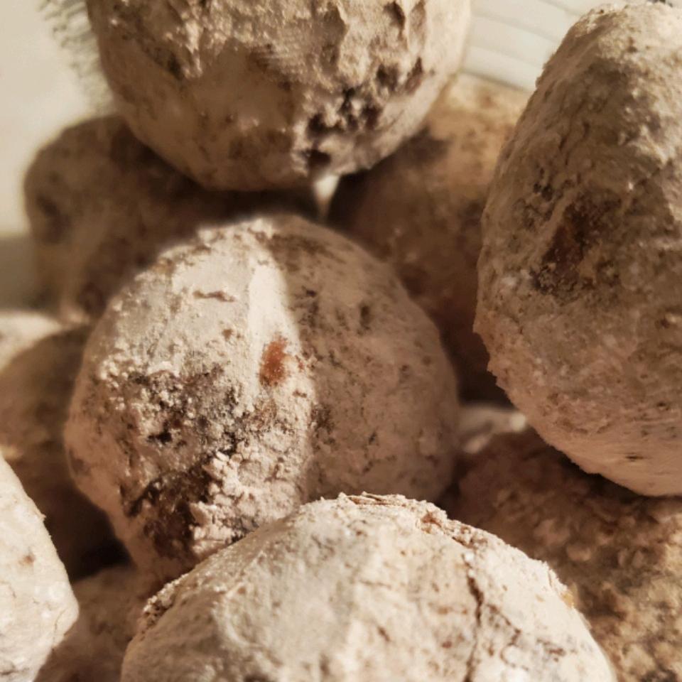 Holiday Peanut Butter Whiskey Balls Rada Z