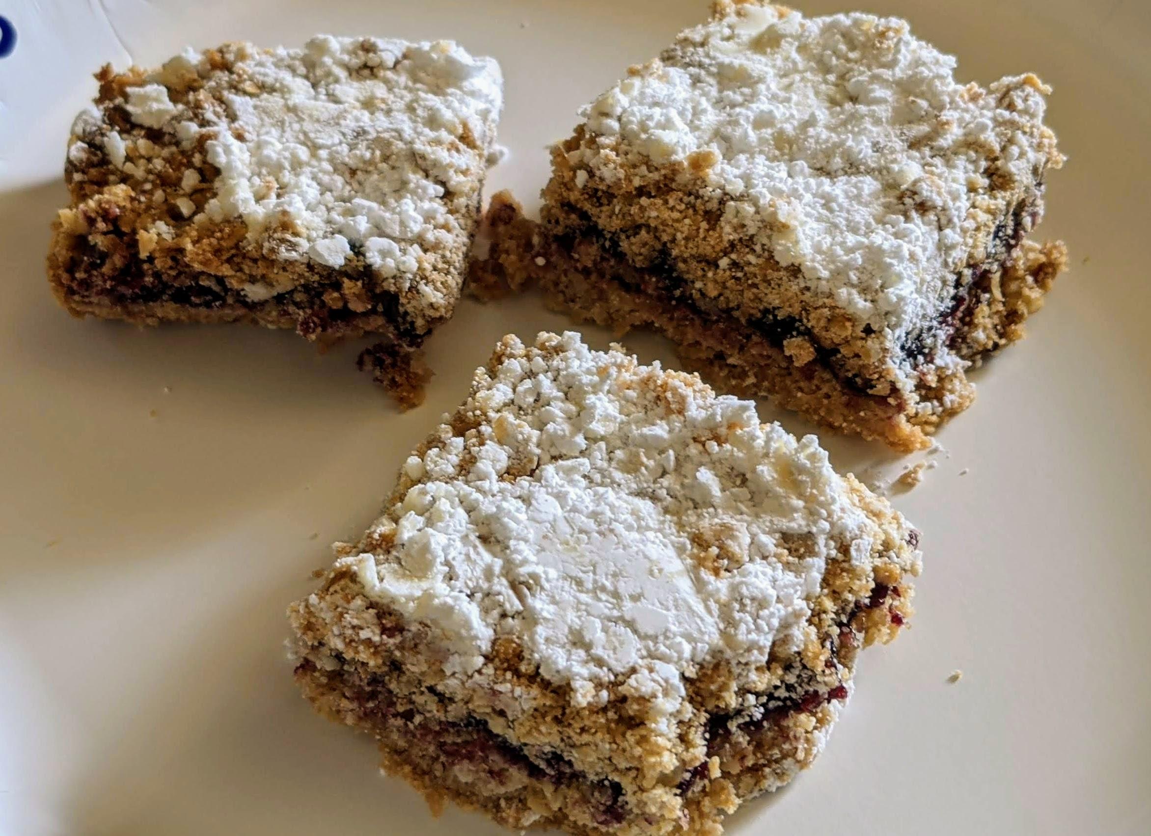 Delicious Raspberry Oatmeal Cookie Bars John Geiser