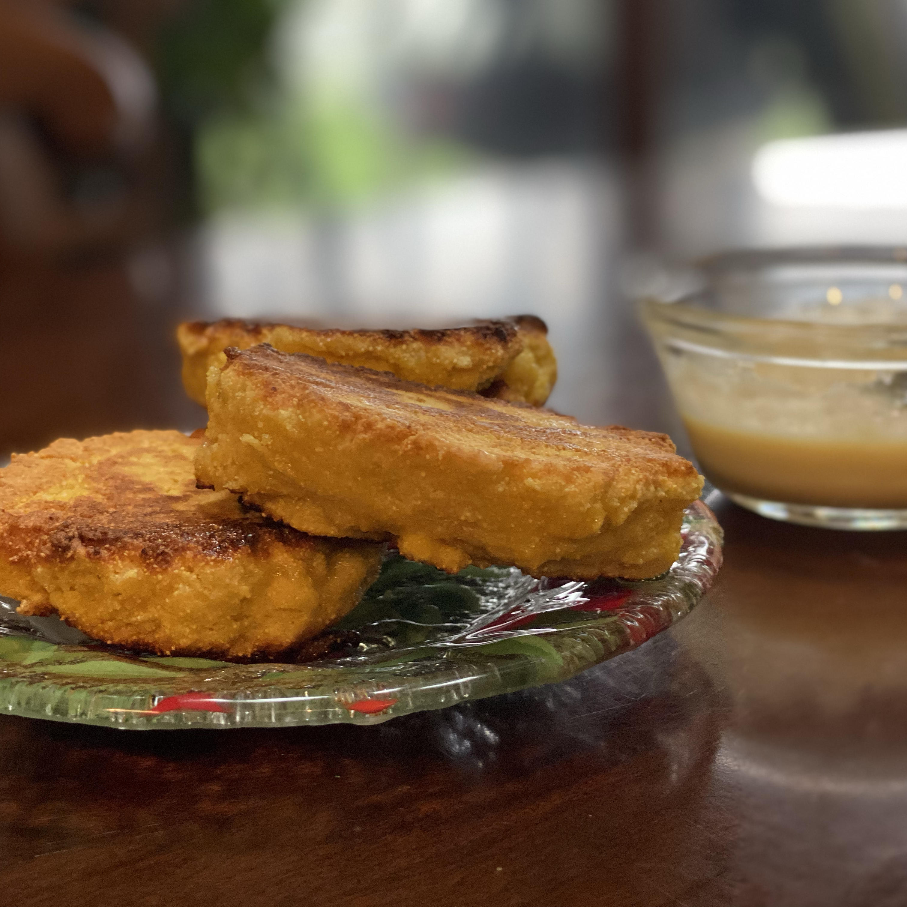 Southern Buttermilk Cornbread lovestohost