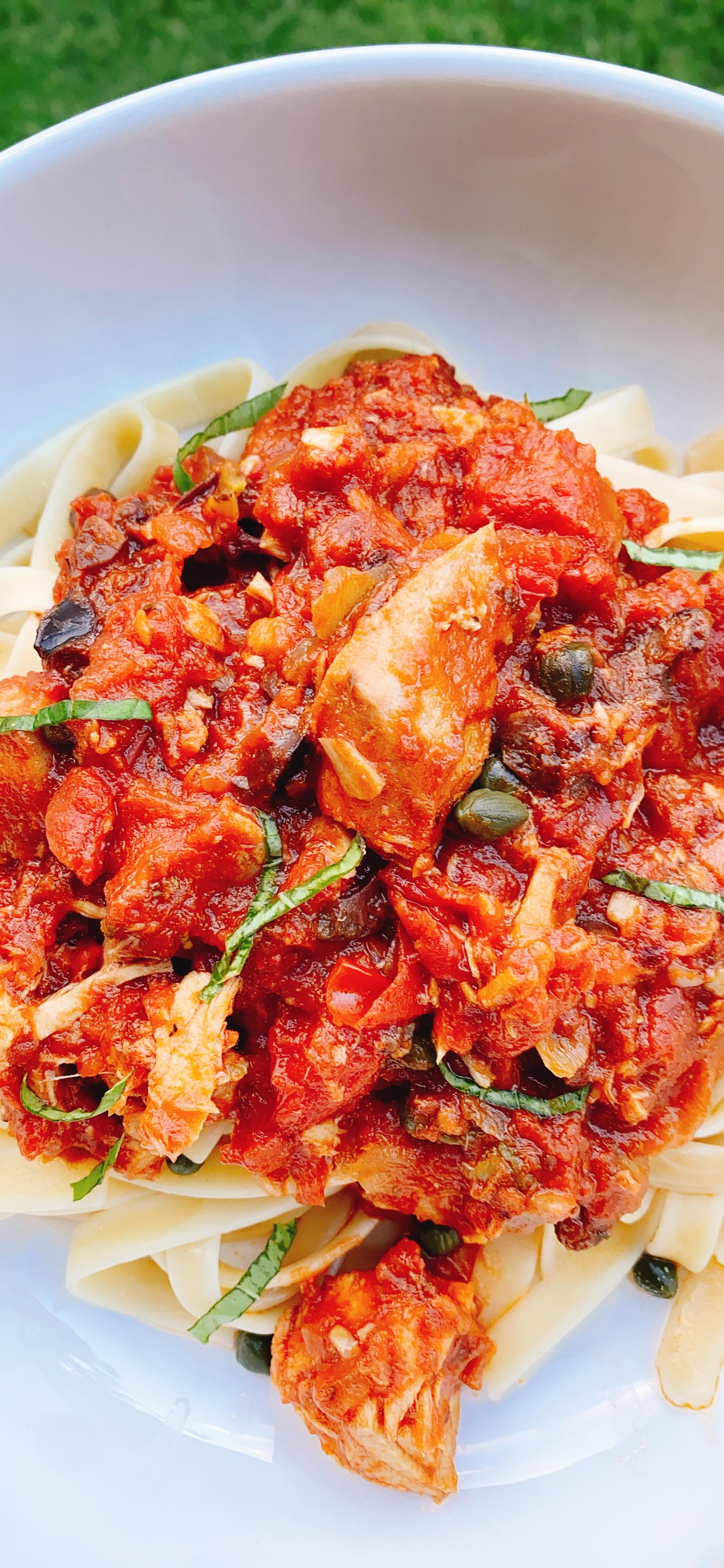 Spicy Tuna Puttanesca