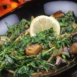 Wilted Arugula and Portobello Mushrooms naples34102