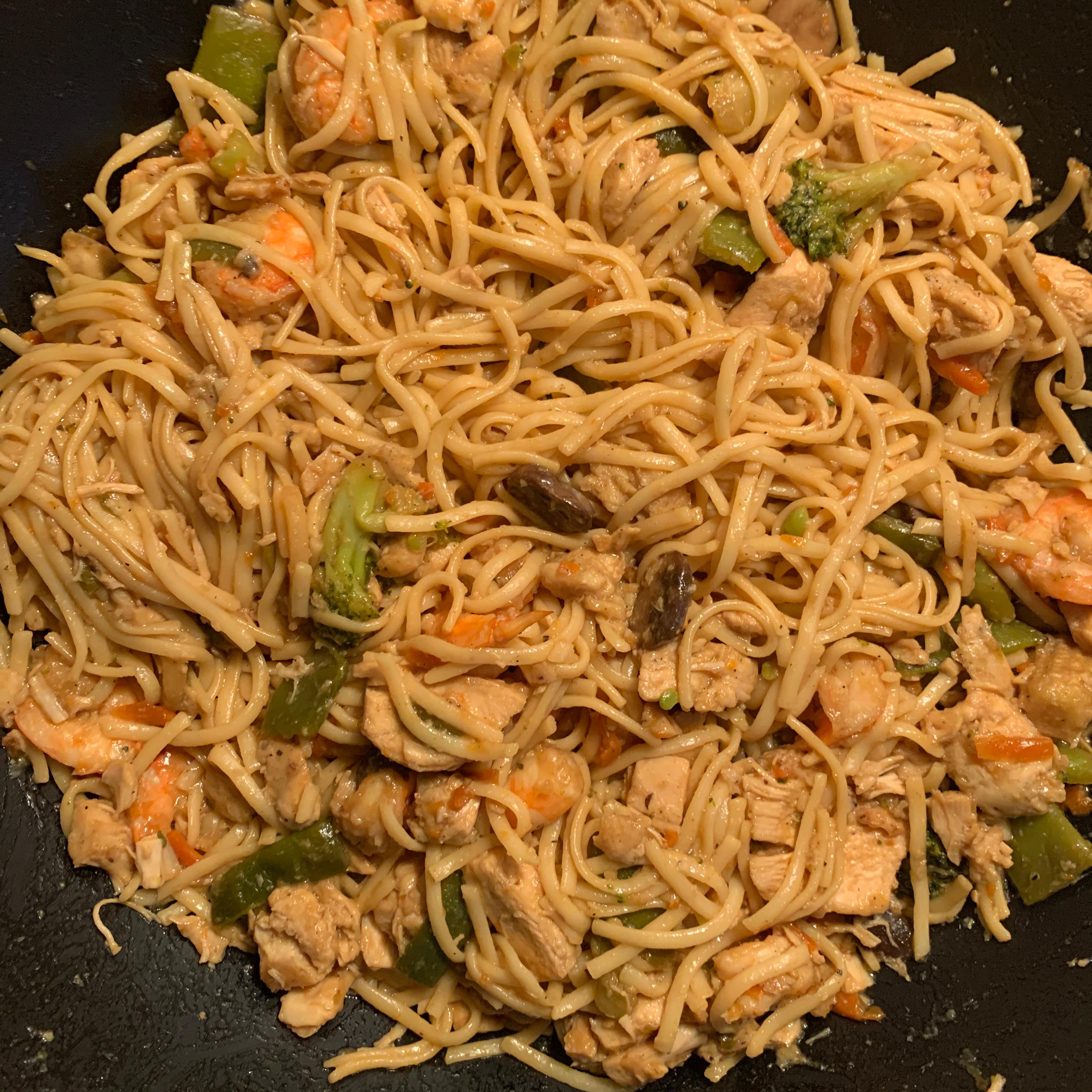 Stir-Fry Chicken Lo Mein
