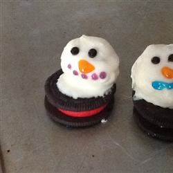 Melting Snowmen OREO Cookie Balls Stephanie6